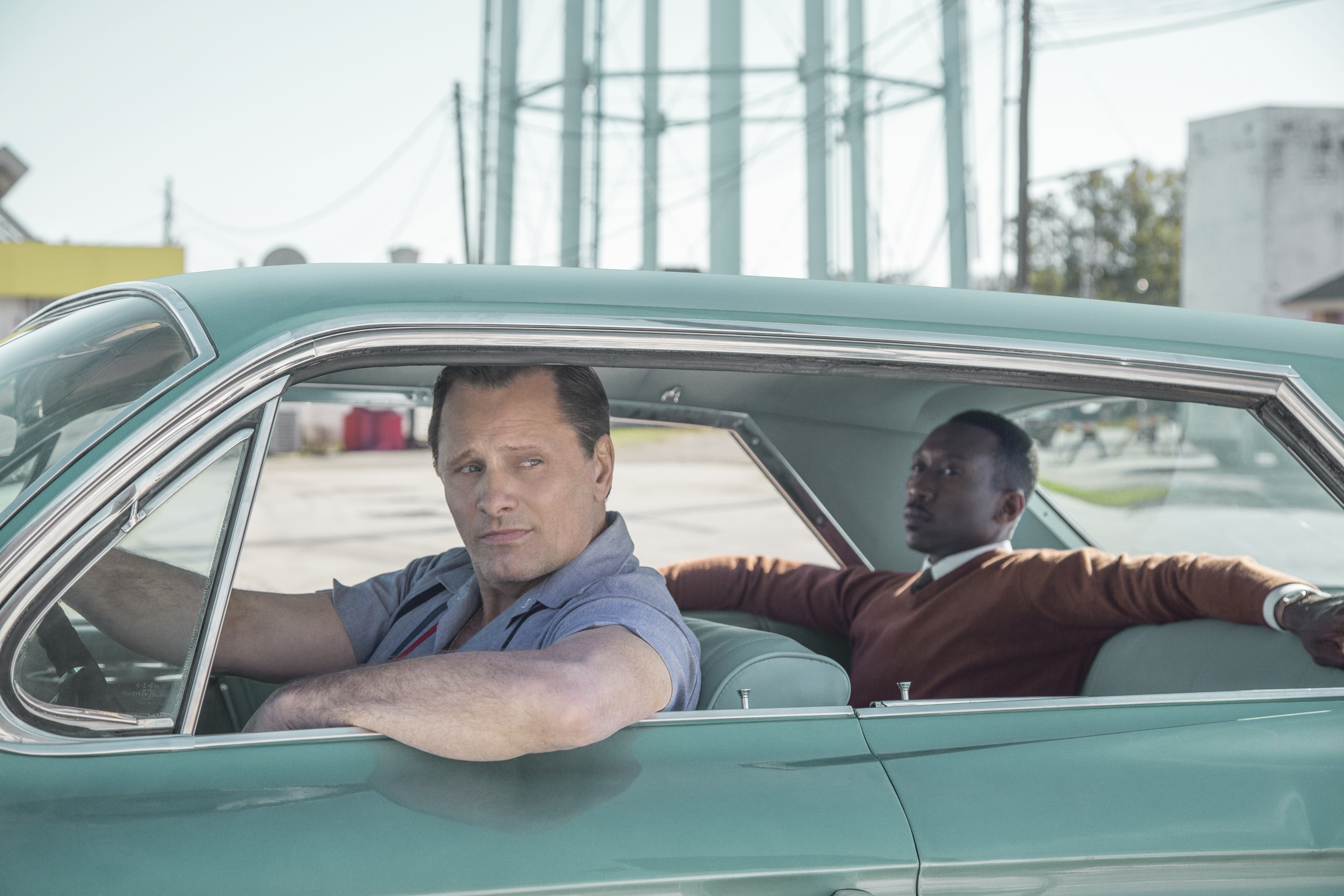 Viggo Mortensen as Tony Vallelonga and Mahershala Ali as Dr. Donald Shirley in Green Book, directed by Peter Farrelly.